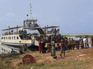 Makongo Ferry: Click for Full Image